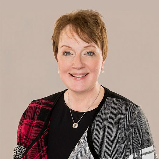 Glenda Leach headshot