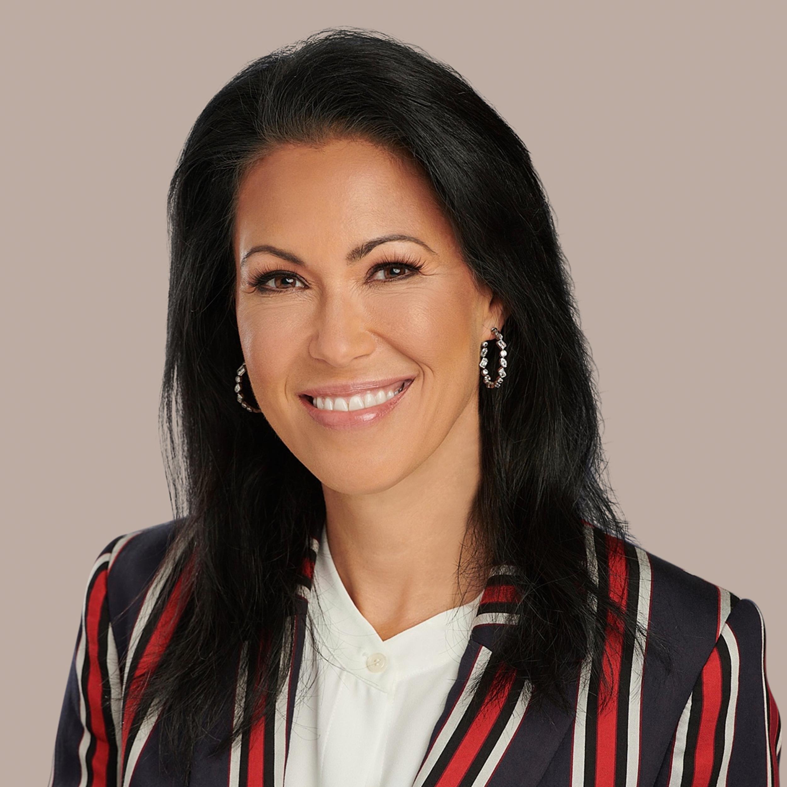 Dr. Laura Demoya headshot